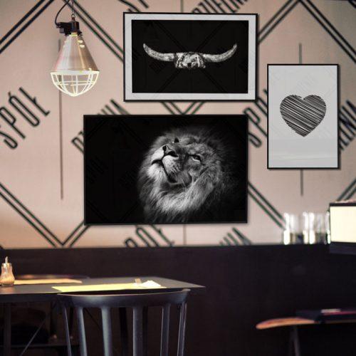 poster leeuw hart hoorns zwart wit restaurant