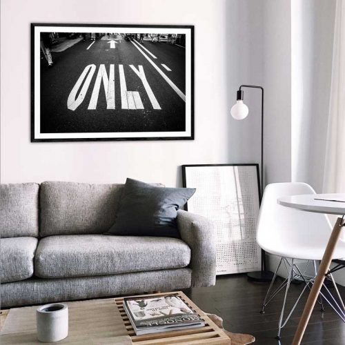 poster only road zwart-wit