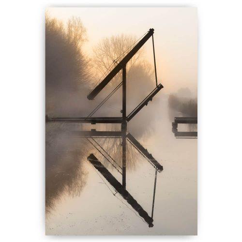 Schilderij brug met reflectie