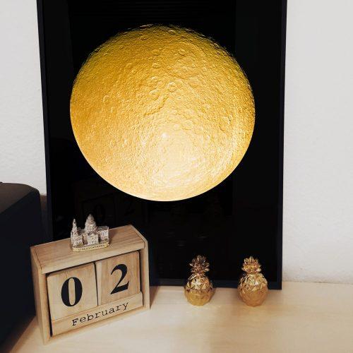 poster gouden maan