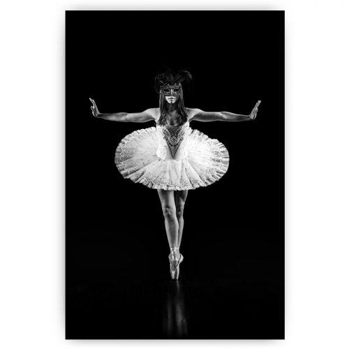 ballet danseres met masker zwart wit