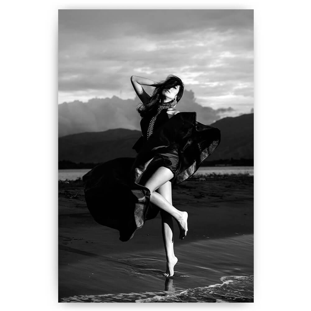 vrouw met jurk